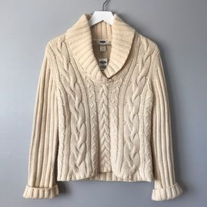 NWT Old Navy wool cream cable knit sweater M